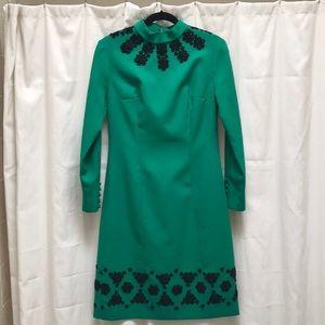 Dresses & Skirts - Stunning Vintage Green Dress